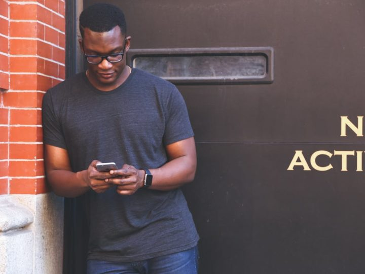 Using Social Networks To Advance Your Career